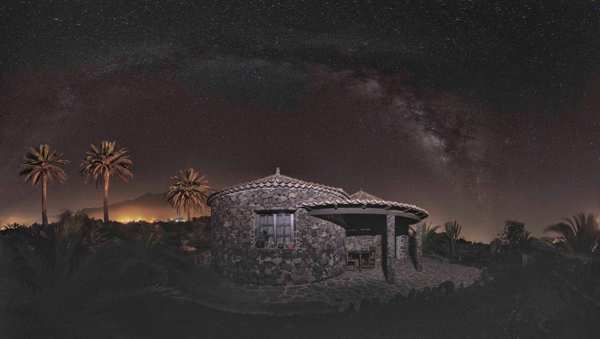 Panorámica Nocturna Las Tres Palmeras